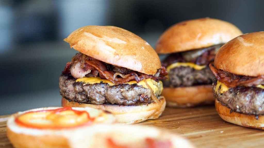 Unas hamburguesas listas para ser devoradas.
