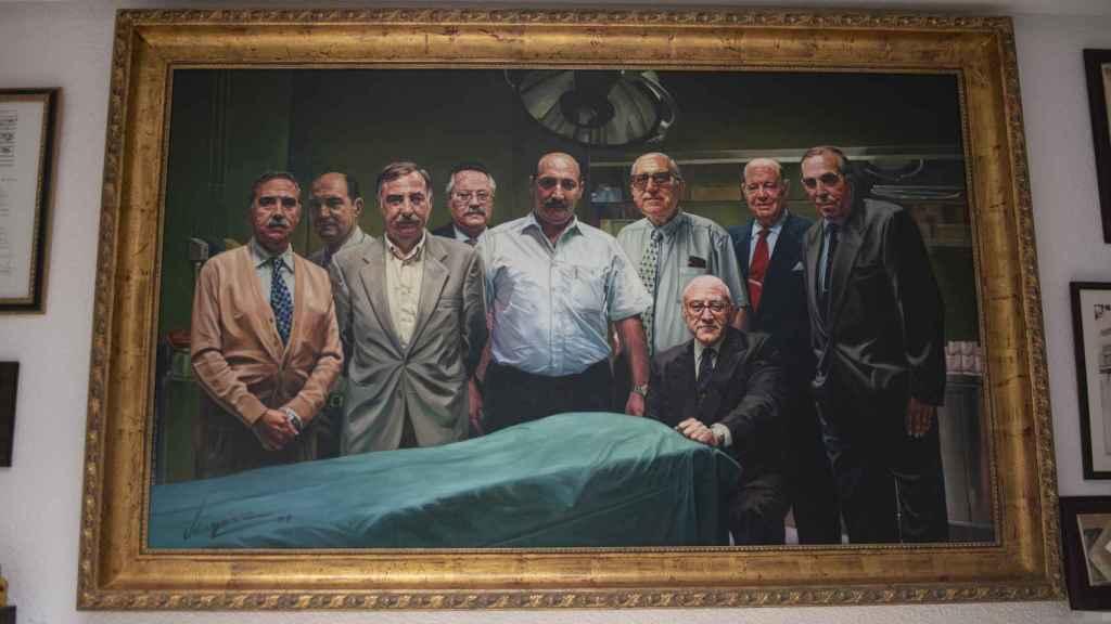 Uno de los cuadros que ocupa la enfermería de la plaza de Las Ventas.