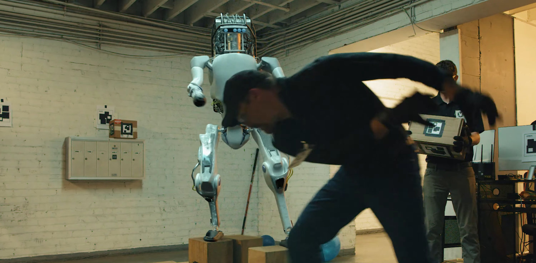 robot maltrato 2