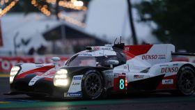El Toyota #8 de Fernando Alonso en las 24 Horas de Le Mans