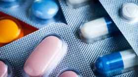 Medicamentos en cápsula y en comprimidos.