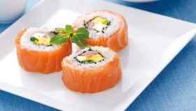 El sushi de salmón se inventó hace solo 35 años y no fue en Japón