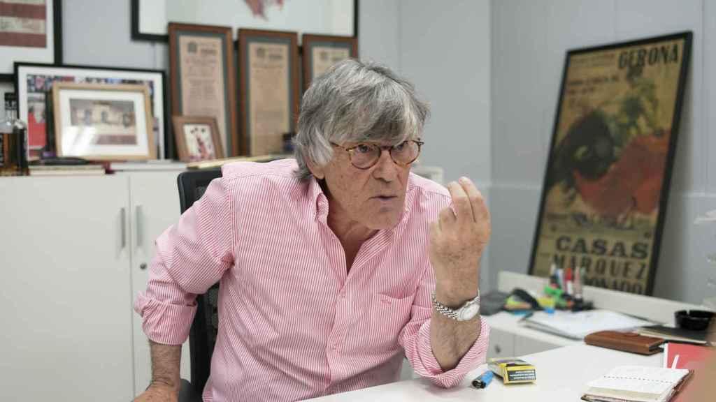 Simón Casas en sus despacho de Las Ventas