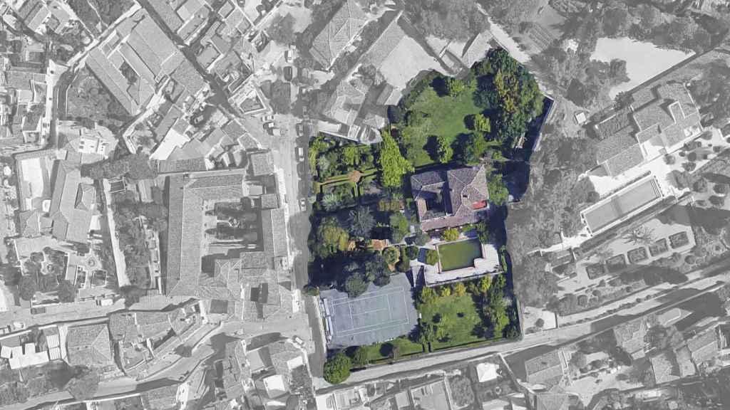 Vista aérea del Carmen de San Agustín, en el barrio del Albaicín de Granada.