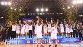 Celebración del Real Madrid de su Liga ACB número 35