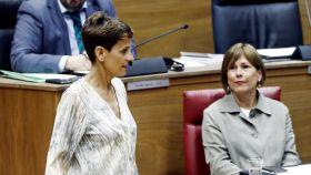 La líder del PSN, María Chivite, y la presidenta en funciones de Navarra, Uxue Barkos.