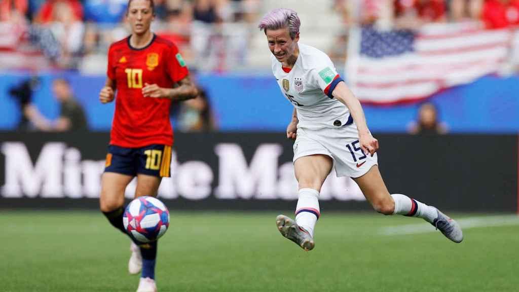 Jenni Hermoso y Rapinoe, en un momento del partido entre España y EEUU