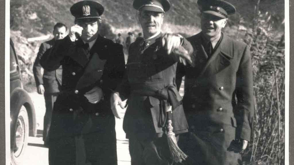 Latorre Roca fue muy crítico con el régimen de franco y su corrupción.