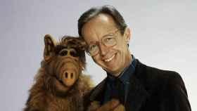 Max Wright y el extraterrestre Alf.