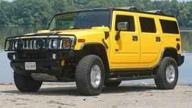 Modelo amarillo del Hummer H2