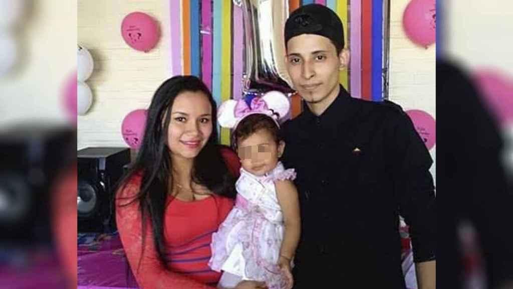 Los tres vivían en El Salvador cuando decidieron emprender el viaje hacia EEUU.