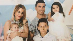 José Antonio Reyes, Noelia López y sus tres hijos: Noelia, Triana y José Antonio Jr, fruto de una relación anterior.