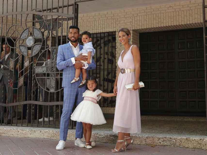 La familia Garay Gorro al completo en la Parroquia Divino Pastor de Móstoles.