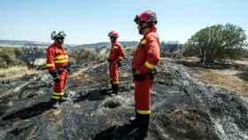 Efectivos de la UME trabajan en el incendio de Toledo