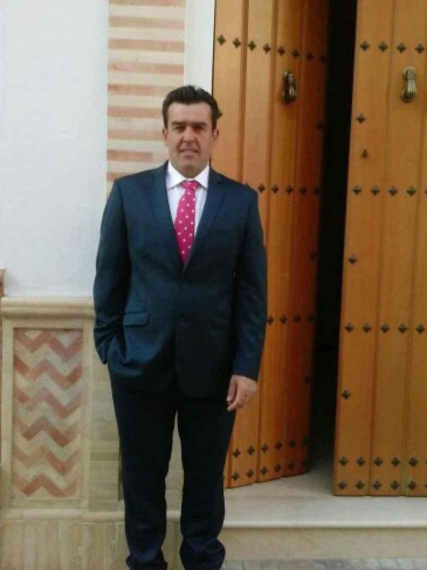 La sentencia da por acreditado que Juan Antonio cometió los dos crímenes por un móvil económico.