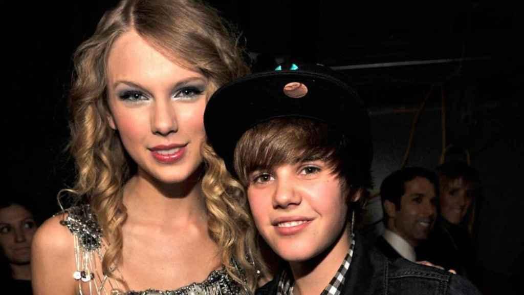 Taylor Swift y Justin Bieber en una foto de hace años subida por el canadiense a su Instagram.