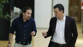 Iglesias y Sánchez dialogan en una foto de archivo.