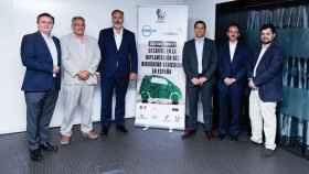 Foto de familia del evento Desafíos en la implantación del hidrógeno vehicular en España.