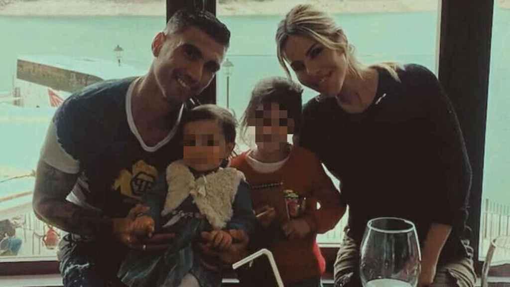 José Antonio Reyes, Noelia López y sus dos hijas: Noelia y Triana.