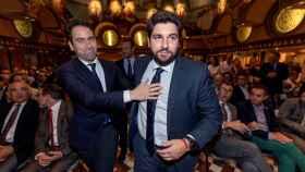 Teodoro García Egea, secretario general del PP, y Fernando López Miras, líder del partido en Murcia.