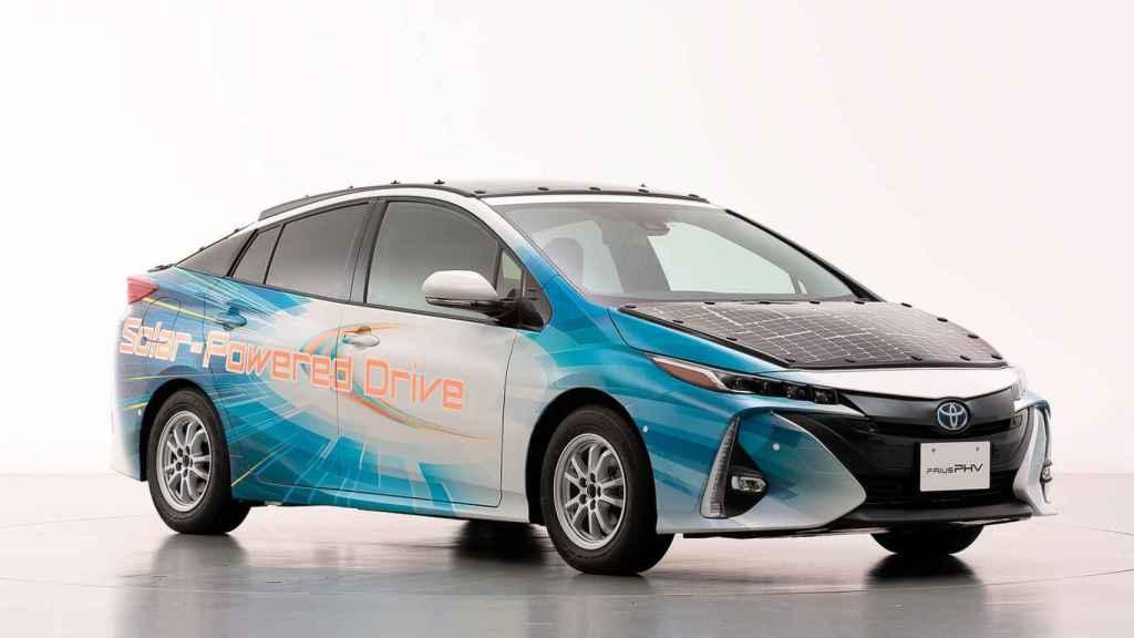 Prototipo del Toyota Prius PHV que se va a probar a partir de julio.