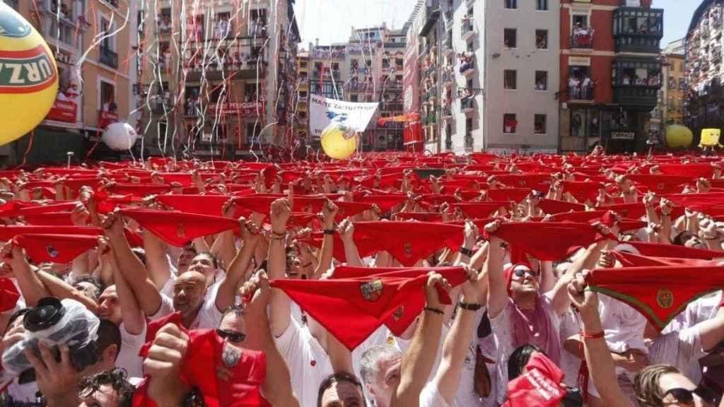 Guía no oficial para recorrer Pamplona en San Fermín: ¿dónde comer, correr el encierro o ver los toros?