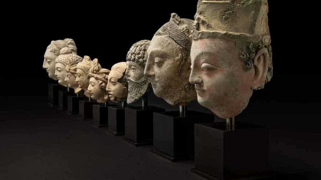 Los nueve bustos budistas que en British Museum enviará a Afganistán.