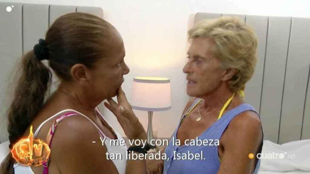 Pantoja y Chelo se reencuentran en 'Supervivientes'.