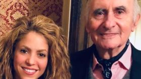 Shakira y el expresidente argentino Fernando de la Rúa