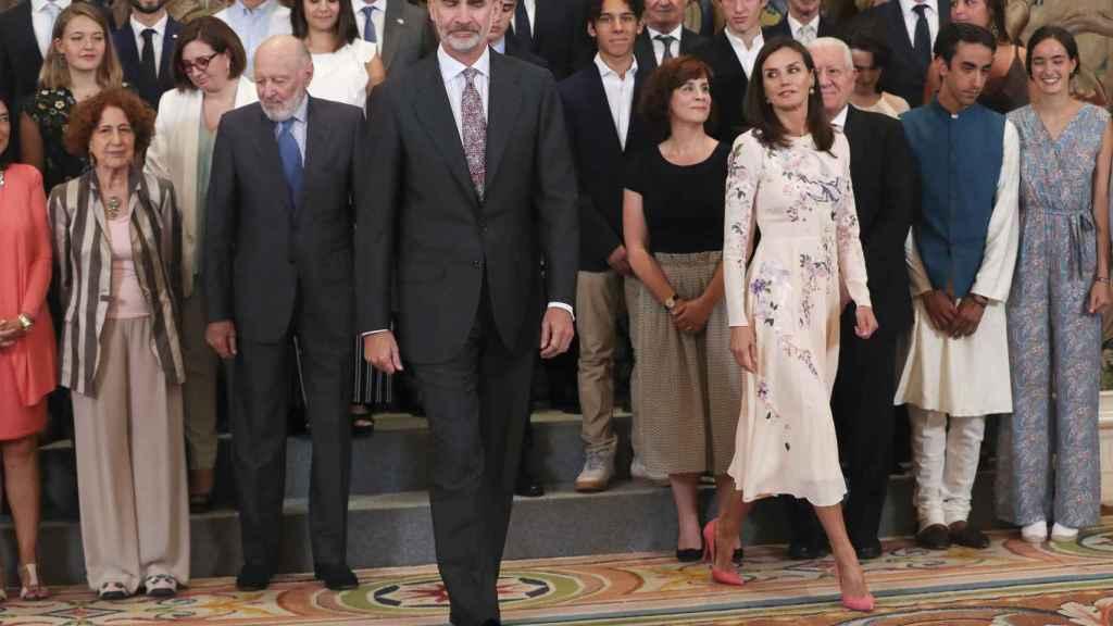 Felipe y Letizia, al finalizar la Audiencia con el Patronato de la Fundación Comité Español de los Colegios del Mundo Unido.