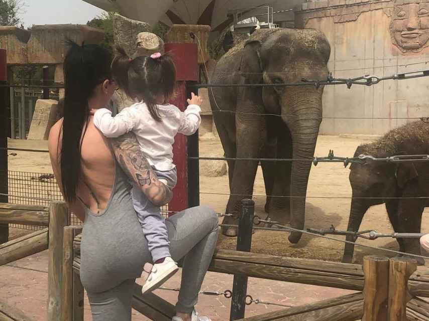 Laura Campos y su hija Triana en una imagen de Instagram.