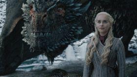 Daenerys (Emilia Clarke, nominada a mejor actriz protagonista en drama).