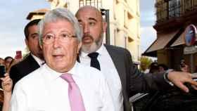 Cerezo llega al asador José María