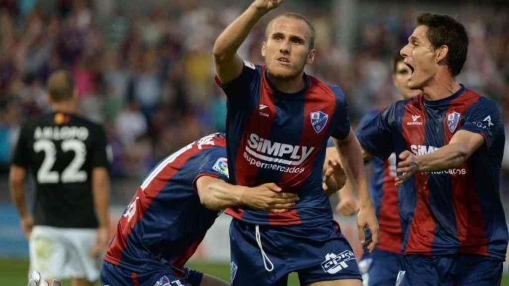 Samu Sáiz en 2017, cuando militaba en las filas del Huesca antes de pasar por Leeds United y Getafe.
