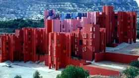 La Muralla Roja está en la costa de Calpe