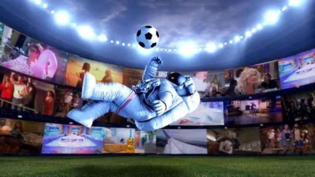 Imagen corporativa de MiTele Plus durante el anuncio de la compra de los derechos del fútbol.