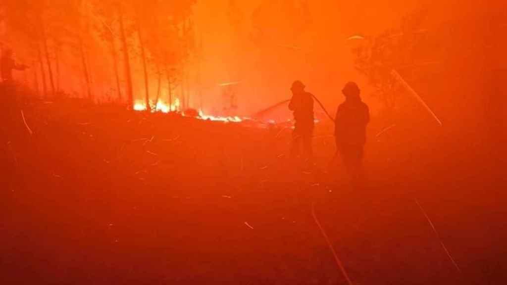 Imagen del incendio declarado en el centro de Portugal.