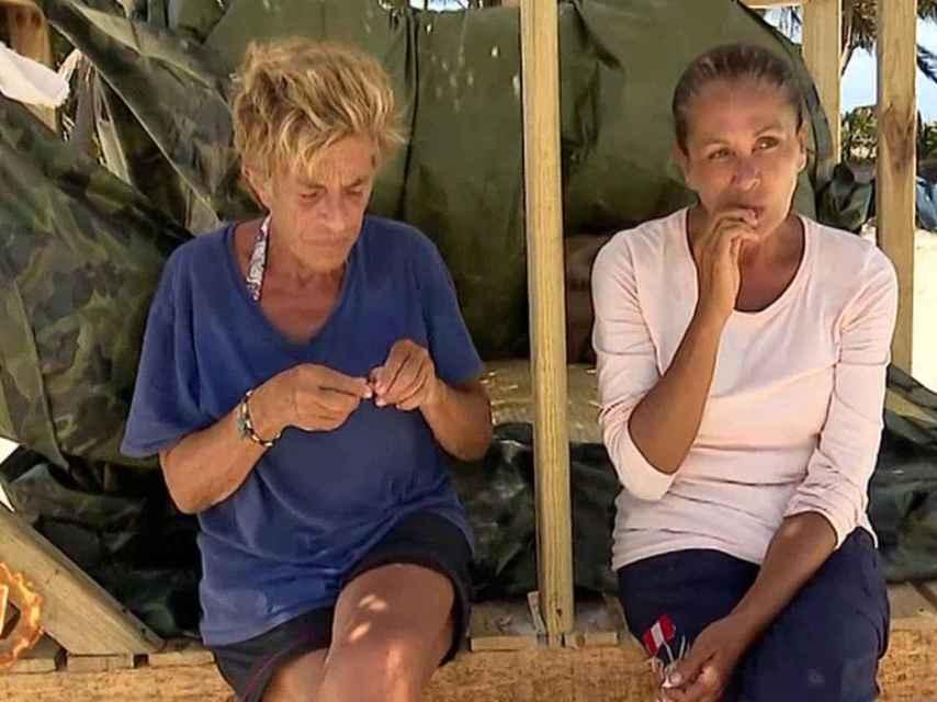 Chelo García Cortés e Isabel Pantoja en Honduras.