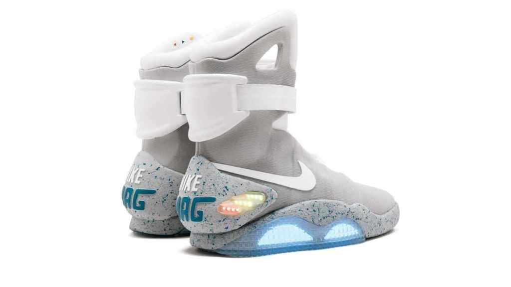 Zapatillas Nike Mag de 2016, inspiradas en las de Marty McFly en 'Regreso al futuro'.