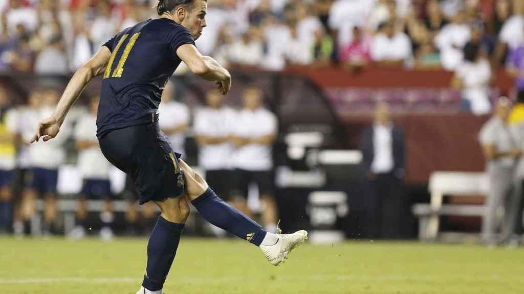 Gareth Bale lanzando un penalti ante el Arsenal