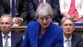 Theresa May en su última sesión de control como primera ministra