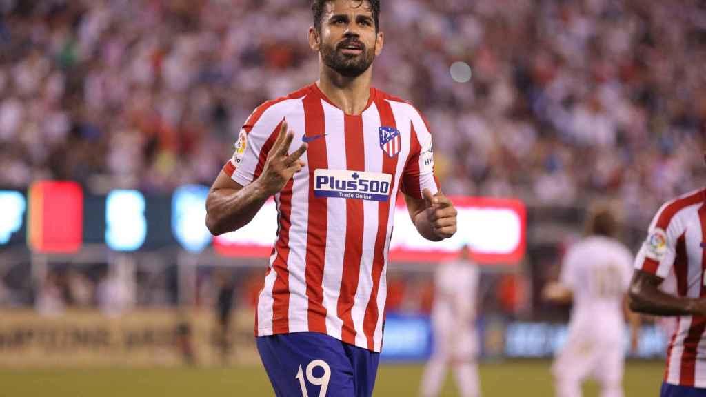 Diego Costa celebra uno de sus goles al Real Madrid