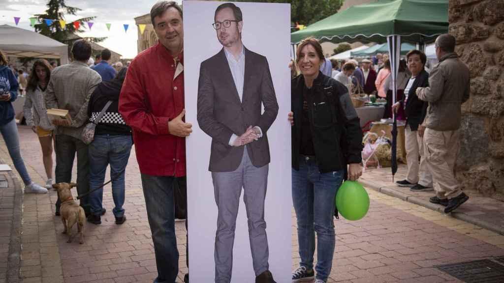 Los vecinos siguen sin saber dónde vive su nuevo y flamante senador por Castilla y León.