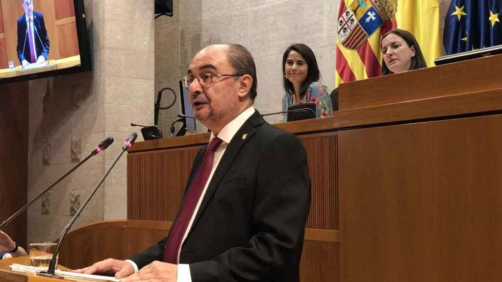 Javier Lambán, durante su discurso de investidura en las Cortes de Aragón.