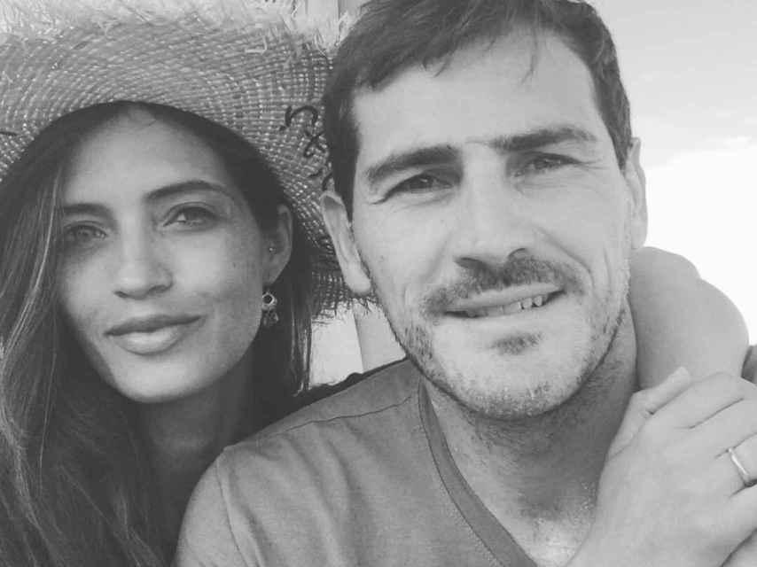 Sara e Iker durante una de sus vacaciones en una imagen de sus redes sociales.