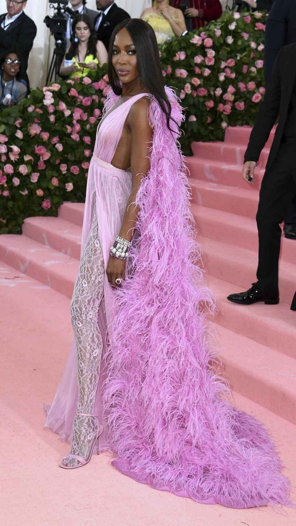 Naomi Campbell posando para los medios de comunicación.