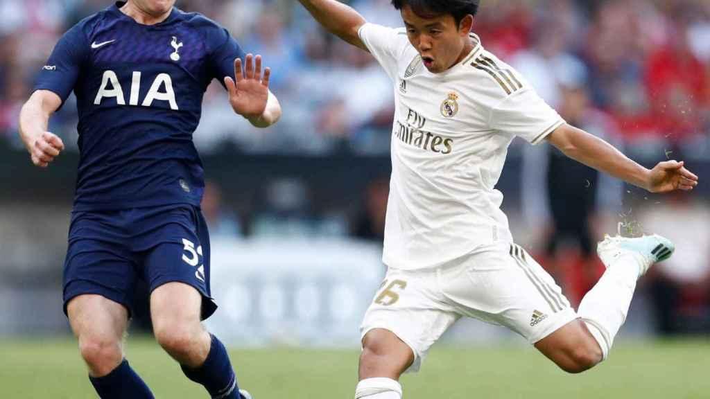 Takefusa Kubo, en un partido del Real Madrid ante el Tottenham