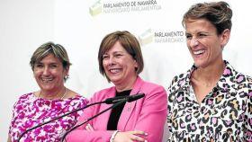 Marisa de Simón (IE), Uxue Barkos (Geroa Bai) y María Chivite (PSN).