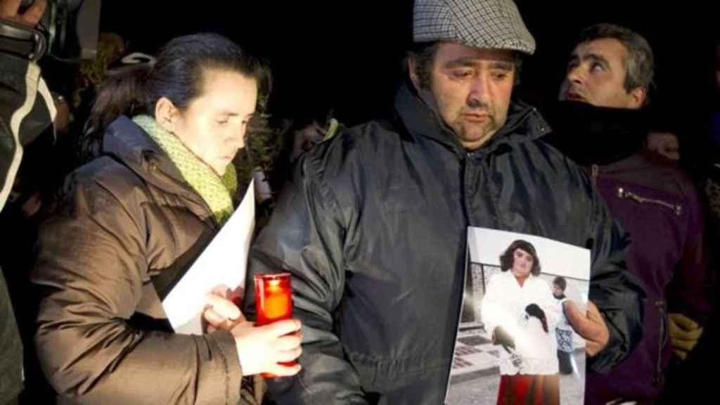 Los padres de María Esther Jiménez Villegas, la niña asesinada en 2011.