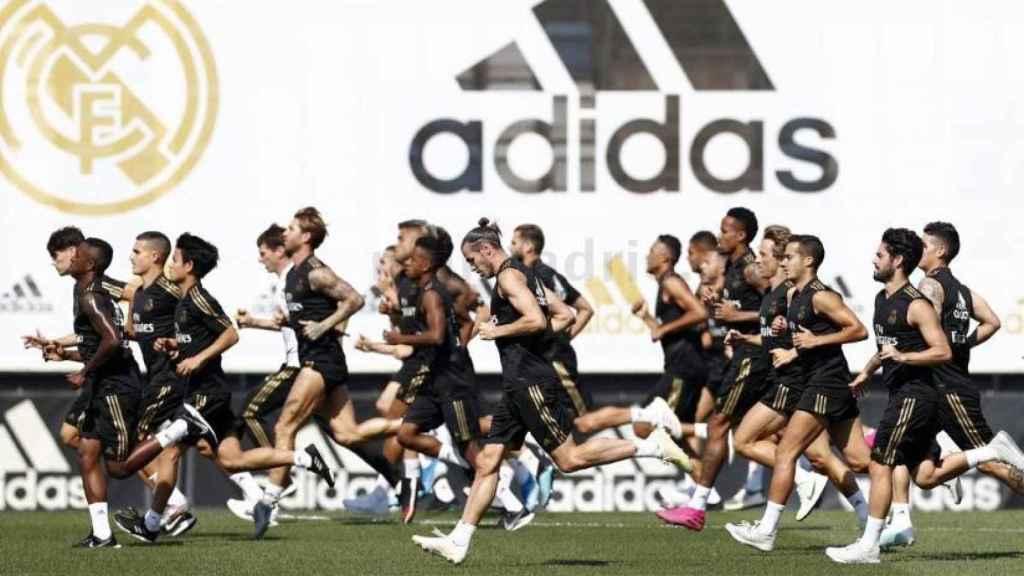 Jugadores del Real Madrid entrenando en Valdebebas.